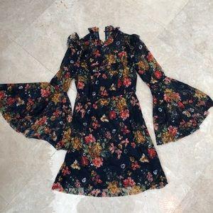 Amazon bell sleeve mini dress small